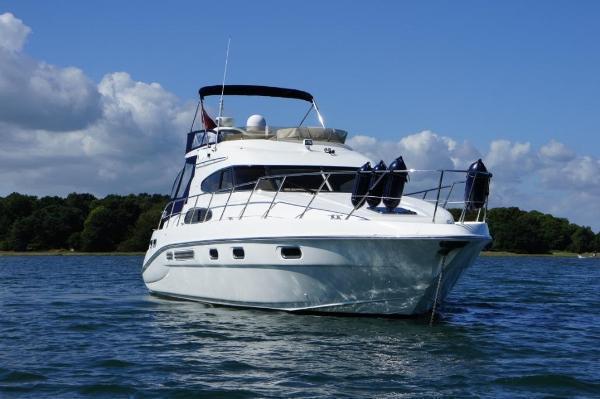 Sealine - T46 Motor Yacht