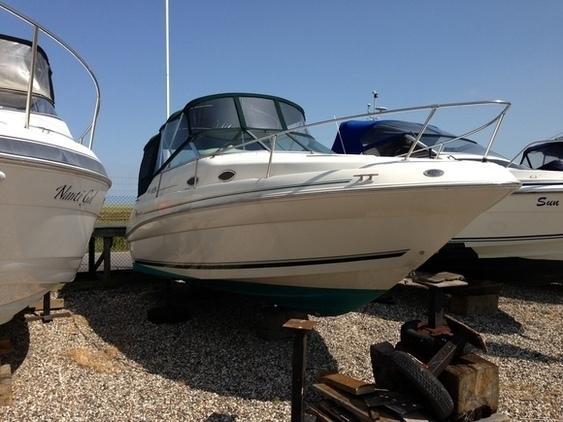 Sea Ray - 240 Sundancer
