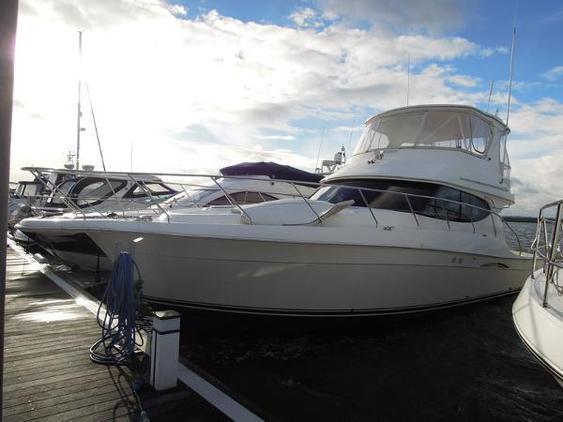 Silverton - 45 motor yacht