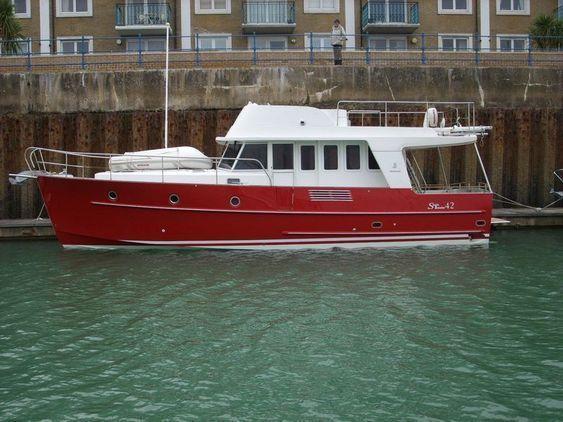 Trawler - Beneteau Swift 42
