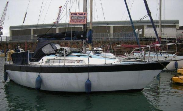 Cobra 750, Channel Islands