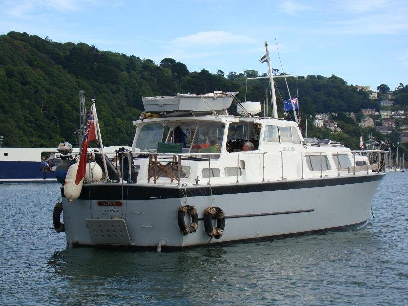 Osborne twin engine motor yacht, Devon