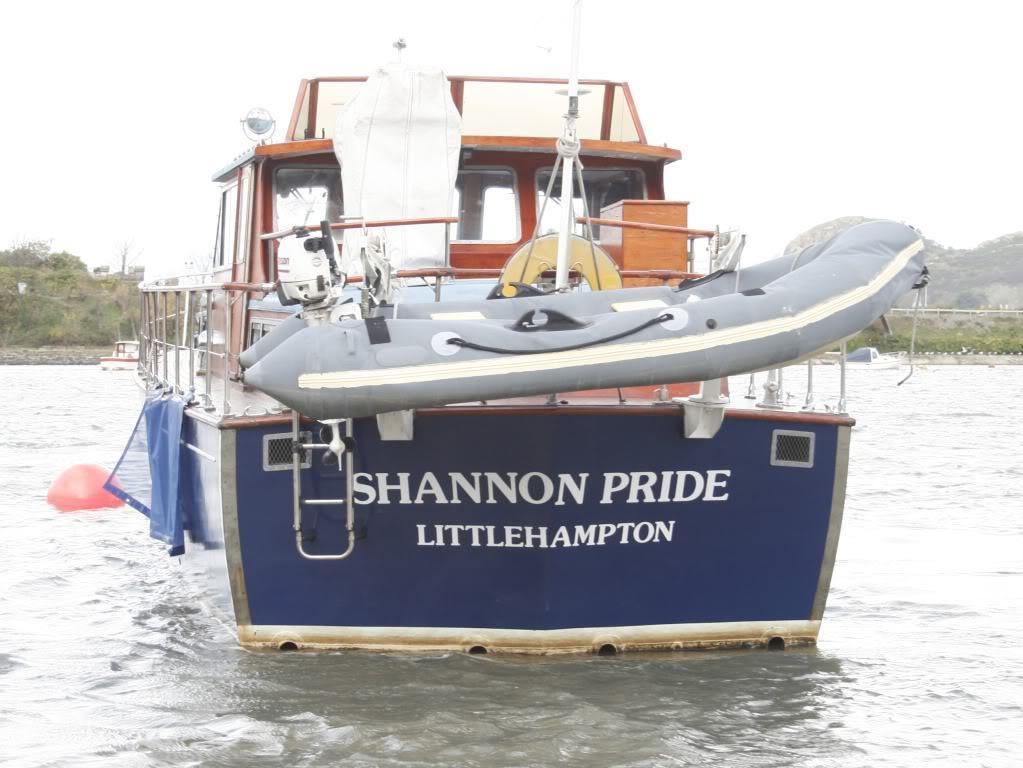 Osborne twin engine motor yacht, Conwy