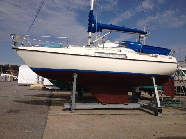 Hallberg-Rassy 26, Swanwick marina, Hampshire