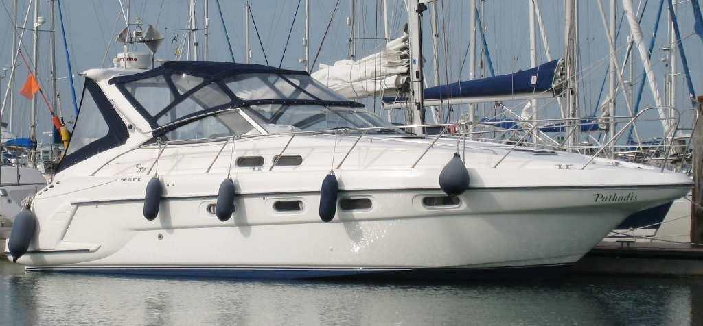 Sealine S37 Sports Cruiser, Hamble River Boat Yard, Hampshire