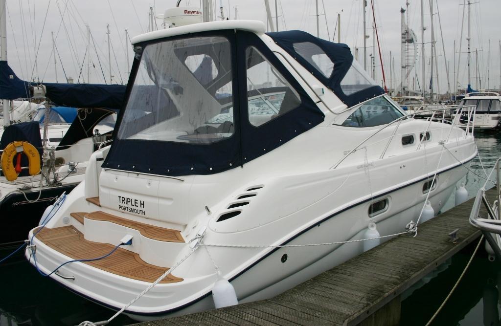 Sealine S34, Hamble River Boat Yard, Hampshire