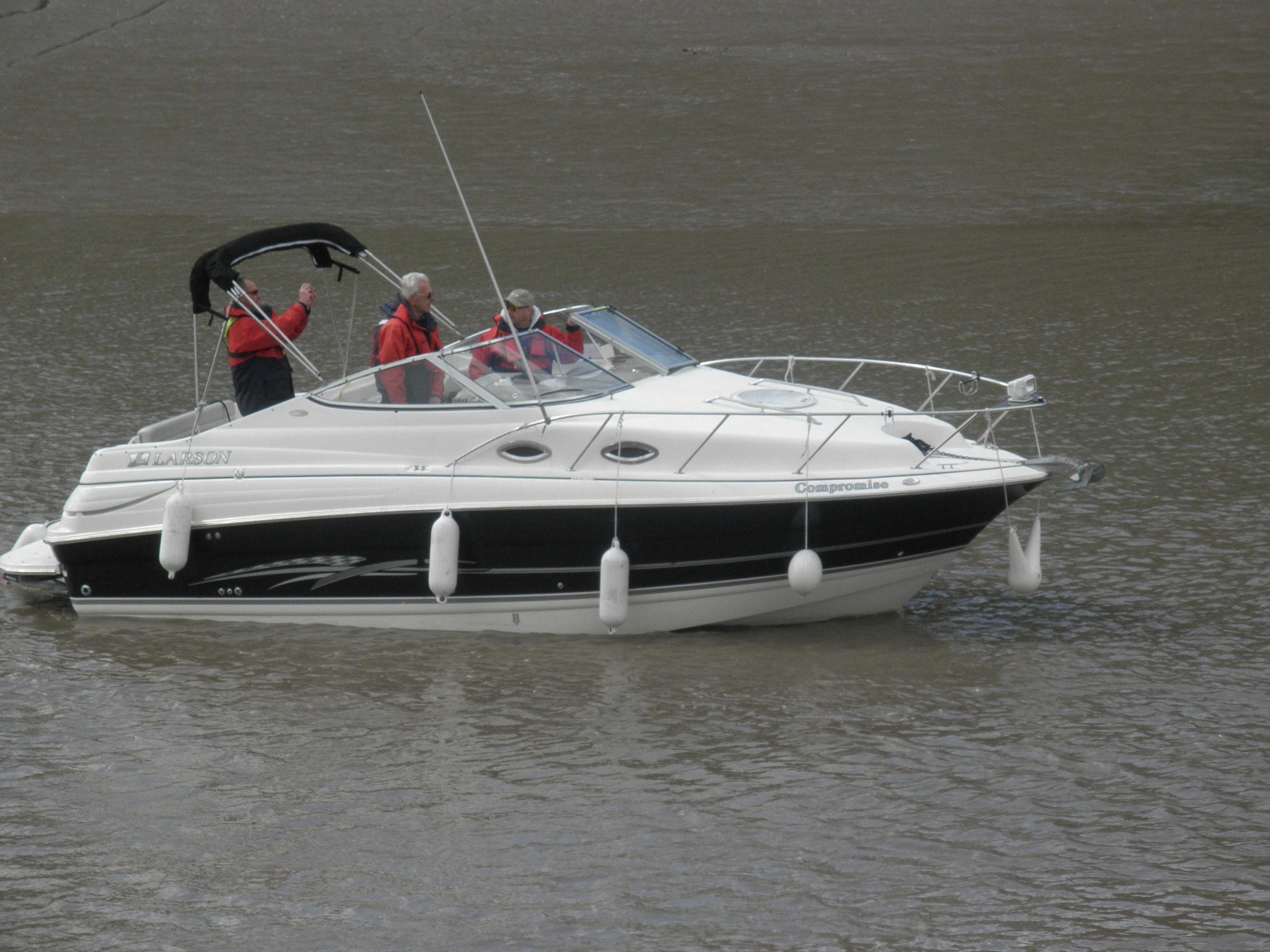 Larson Cabrio 240, Somerset