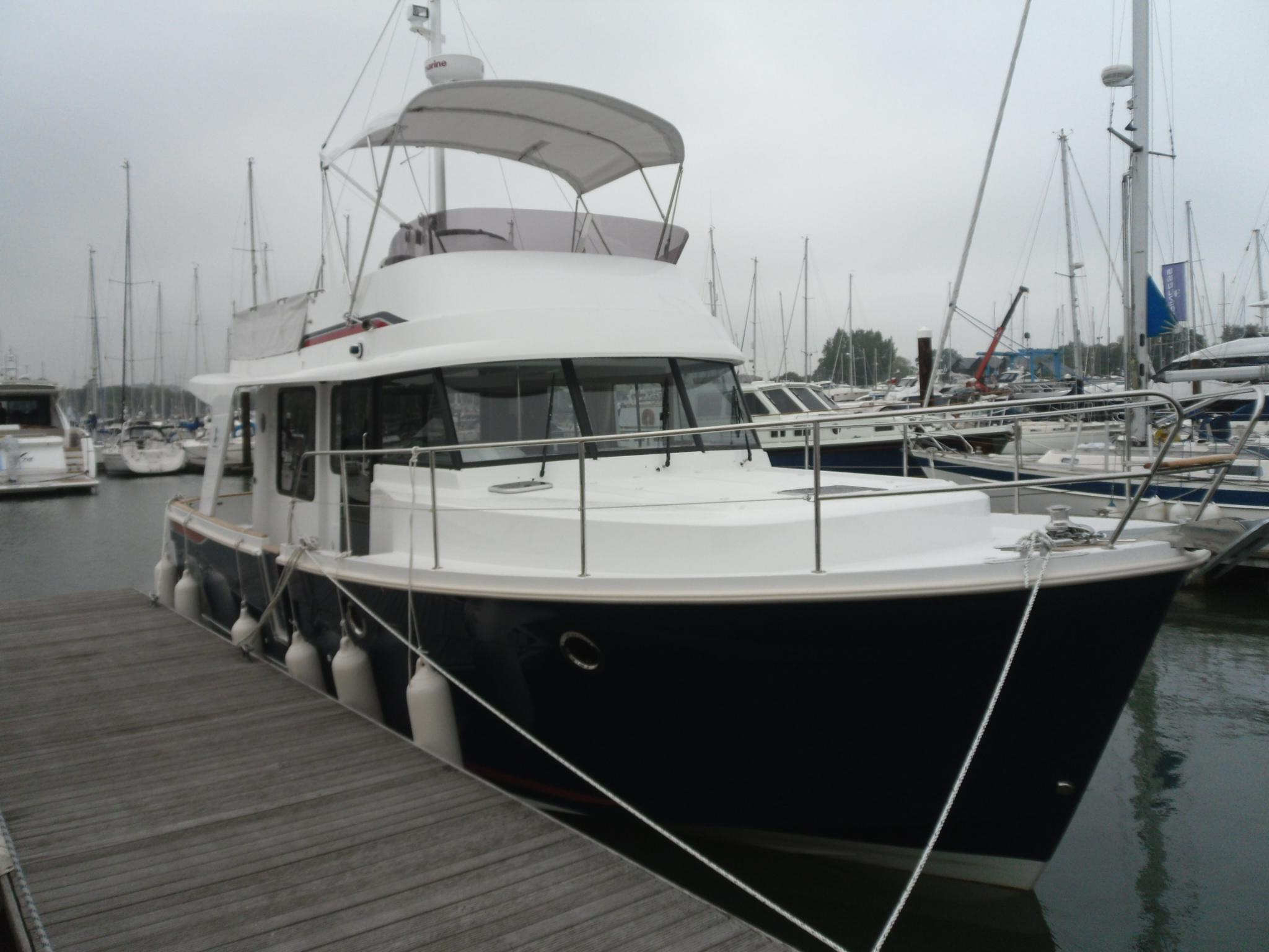 Beneteau Swift Trawler 34, Hampshire
