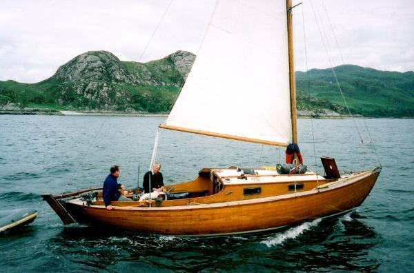 Lochfyne Skiff Centreboard Bermudan Sloop