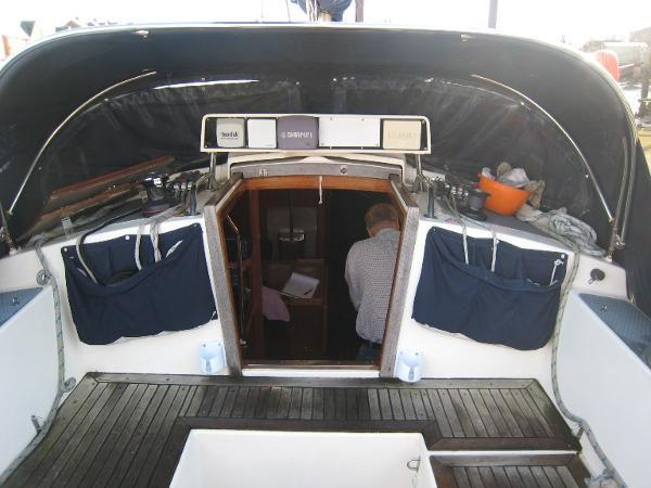Trident Challenger 35