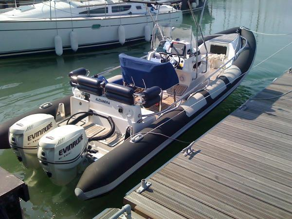 Arctic Blue 27 Suitable For Inshore And Offshore Use