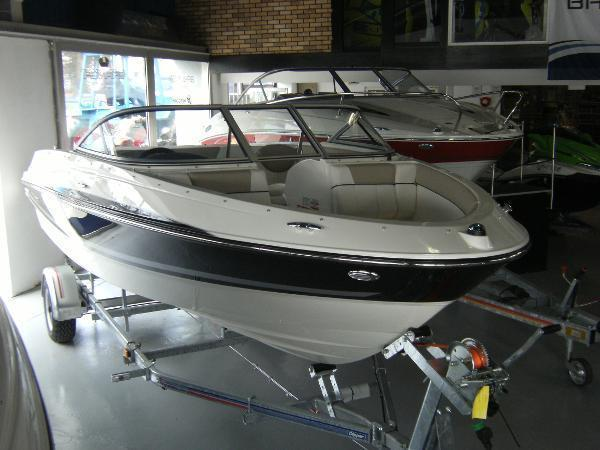 Bayliner 185 Bow Rider