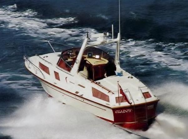 Fairey Marine Fantome