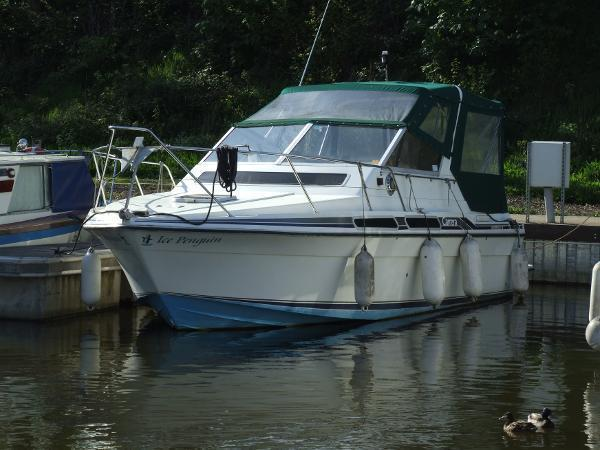 Fairline Boats Plc Carrera 24