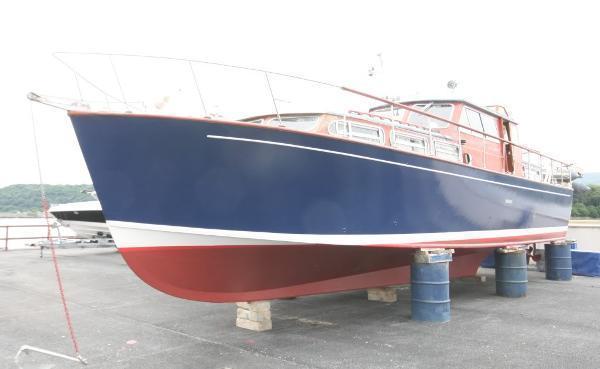 Osborne Twin Engine Motor Yacht